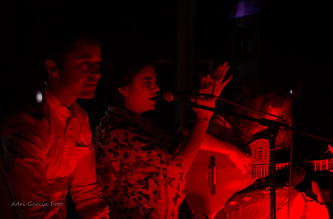 grupo flamenco rojo